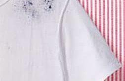طريقة لطي الملابس في الدولاب